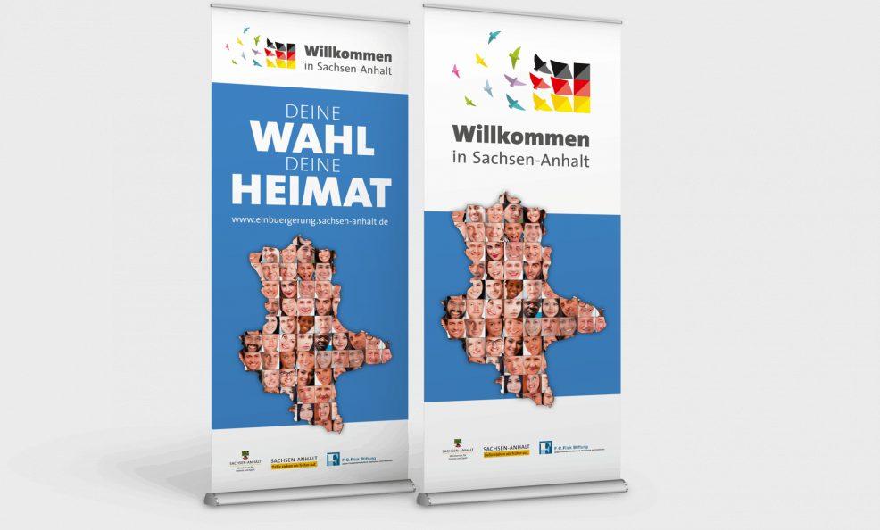 Rollup-Displays der Einbürgerungskampagne für  Ministerium für Inneres und Sport des Landes Sachsen-Anhalt